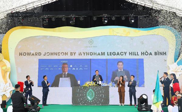 Công bố thương hiệu quốc tế dự án Legacy Hill