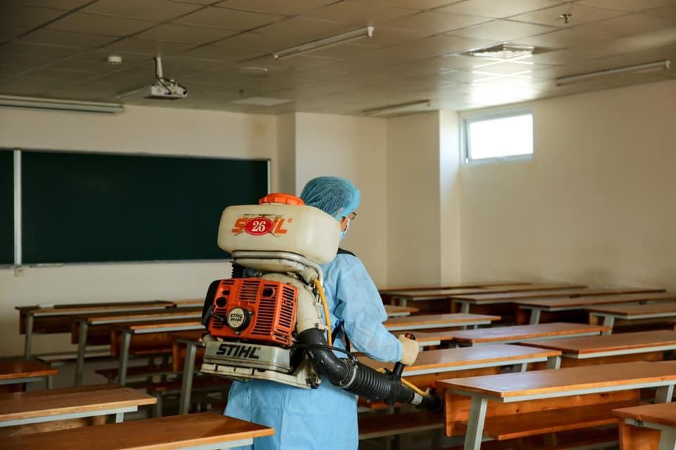 Hơn 200 trường học ở TP.HCM cho học sinh, sinh viên nghỉ học