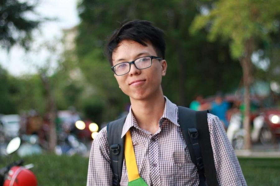 Chàng trai thạo 2 ngoại ngữ trở thành sinh viên xuất sắc trường y