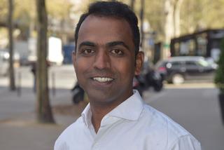Thầy giáo Ấn Độ giành giải giáo viên xuất sắc toàn cầu 2020