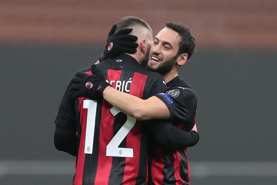 Ngược dòng kinh điển, Milan vào vòng 1/16 Europa League