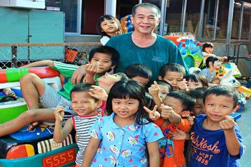 Người tặng cơ ngơi 100 tỷ cho trẻ em nghèo không hề luyến tiếc
