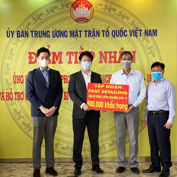 Cách Uniqlo tạo dấu ấn sau 1 năm có mặt ở Việt Nam