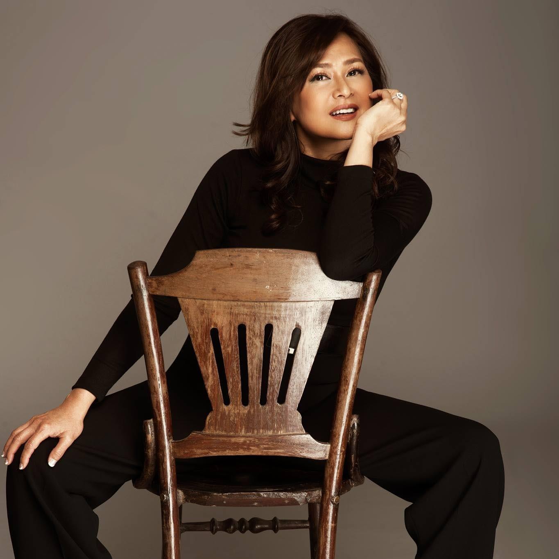 Ca sĩ Lưu Bích tuổi 51 trẻ đẹp, vui vẻ chọn kiếp lẻ loi không chồng con