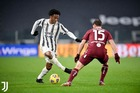 Ronaldo mờ nhạt, Juventus nhọc nhằn thắng derby
