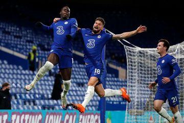 Thổi bay Leeds, Chelsea ngạo nghễ lên đầu bảng