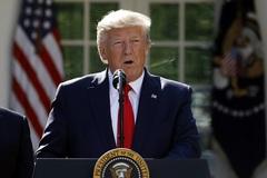 Ông Trump nói Trung Quốc lợi nhất từ dự luật quốc phòng mới của Mỹ