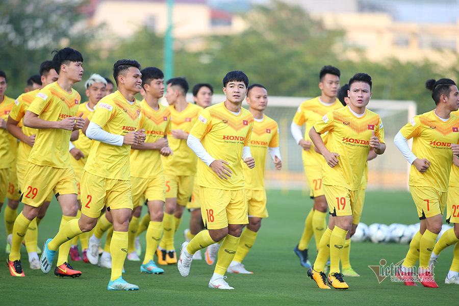 Vé xem tuyển Việt Nam đấu U22 Việt Nam cao nhất 150 nghìn đồng