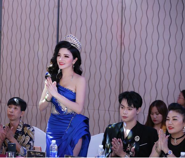 Á hậu Nga Queen vào top 50 Nữ lãnh đạo DN Việt Nam tiêu biểu