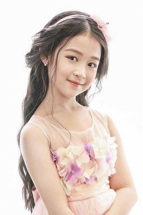 Á quân 'Gương mặt thân quen nhí' Bảo Ngọc xinh đẹp, cá tính tuổi 12