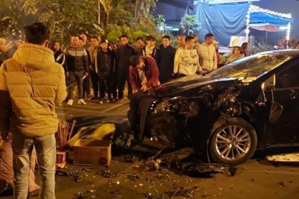 Va chạm với ô tô đi ngược chiều, 2 sinh viên tử vong