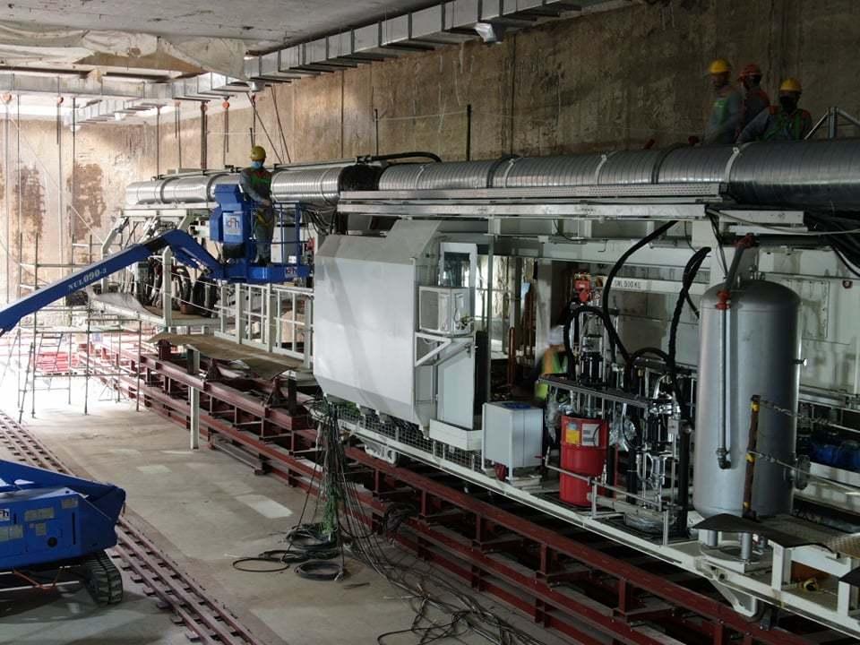 Hình ảnh lắp đặt robot đào hầm dự án đường sắt Nhổn - ga Hà Nội