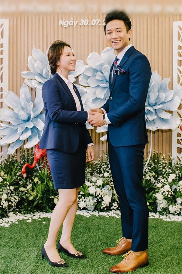Quý Bình lên xe hoa với bạn gái doanh nhân lĩnh vực bất động sản