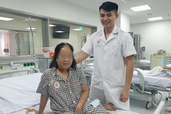 Người phụ nữ Hà Nội ngừng tim sau 1 vết đốt