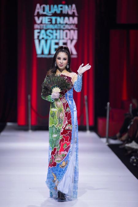 Ao Dai honoured at Vietnam International Fashion Week