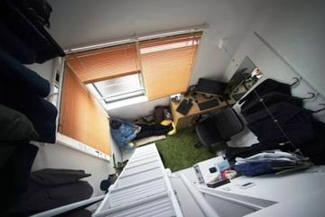 Thanh niên Nhật xoay xở để sống trong căn phòng tí hon