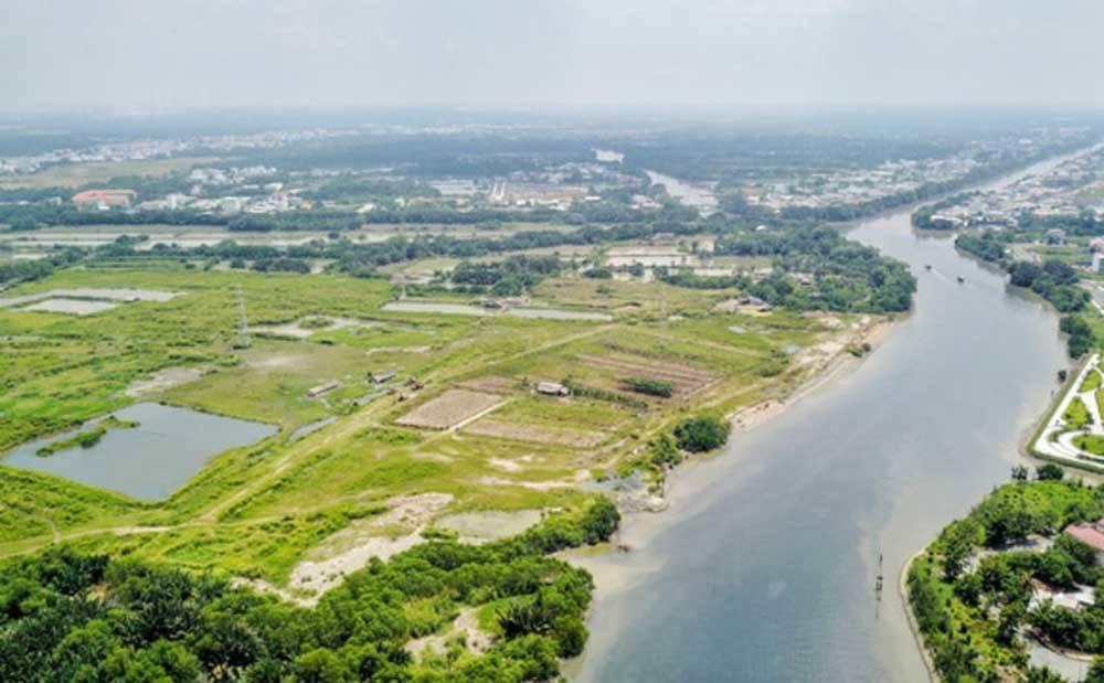 Công an TP.HCM khám xét nơi ở của 4 cán bộ công ty Tân Thuận