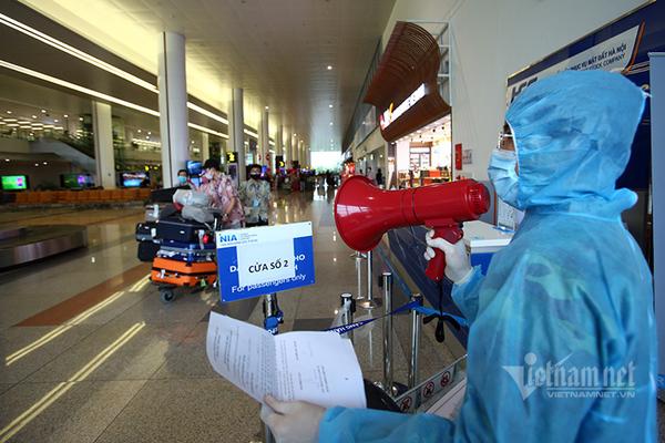 Thành uỷ Hà Nội yêu cầu tăng cường công tác phòng, chống dịch Covid-19