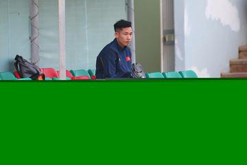 """Sau Văn Hậu, thầy Park nhận """"tin dữ"""" từ sao trẻ Than Quảng Ninh"""