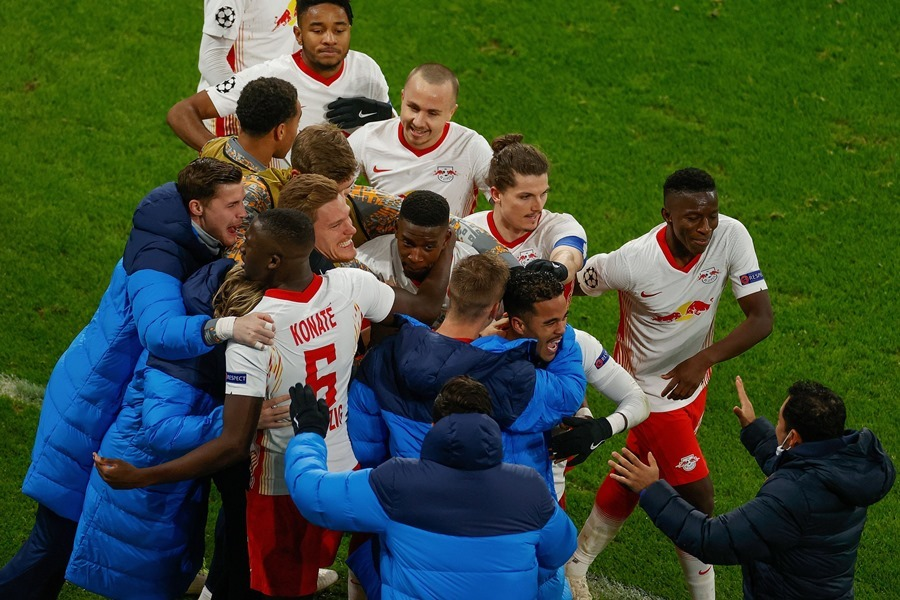 Xác định thêm 4 đội vào vòng 1/8 Champions League