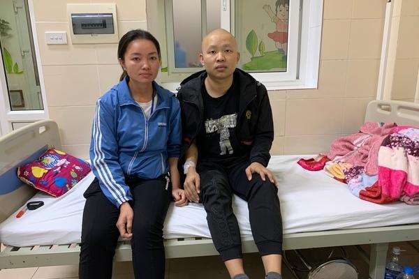 Chàng trai quá đau đớn vì ung thư, cả gia đình chìm trong bệnh tật