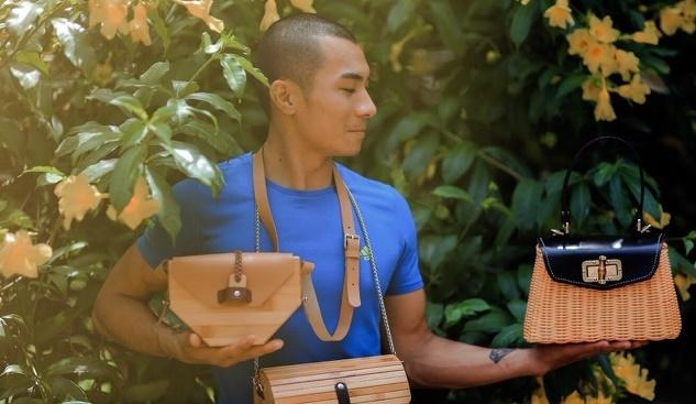 Chàng trai Thanh Hóa đưa túi xách mây, tre ra thế giới