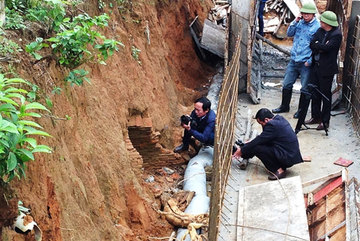 Ancient tomb excavated in Ha Tinh