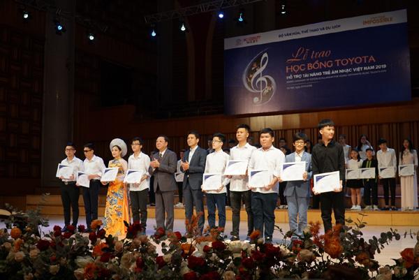 85 suất học bổng Toyota tặng sinh viên ngành âm nhạc