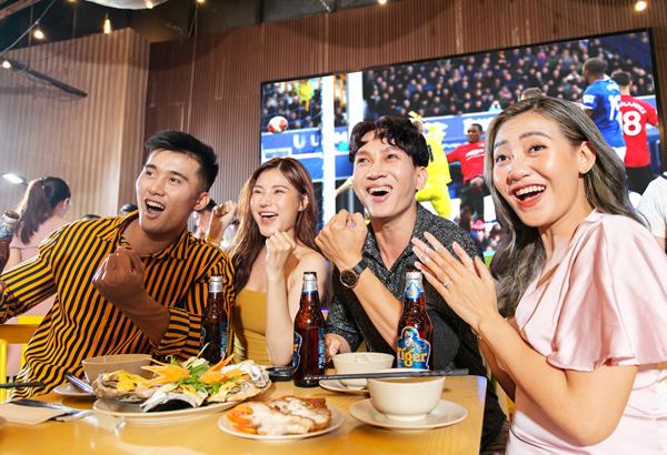 BLV Quang Huy và rapper Wowy thân nhau nhờ bóng đá