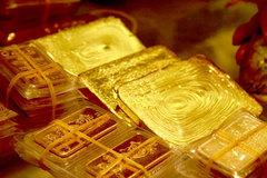 Giá vàng hôm nay 31/12: USD xuống đáy 3 năm, vàng tăng trở lại