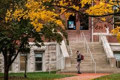 Nhiều đại học Mỹ lên kế hoạch đón sinh viên trở lại