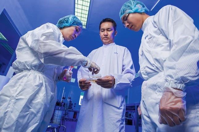 Bóng dáng gia tộc phía sau hãng sản xuất vaccine Covid-19 của Việt Nam