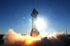 Tên lửa SpaceX phát nổ khi gần đáp đất