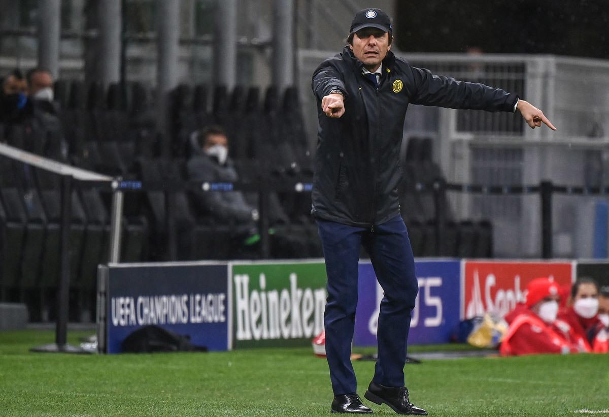 MU 'đấu giá' Grealish, Tottenham chờ ký Skriniar