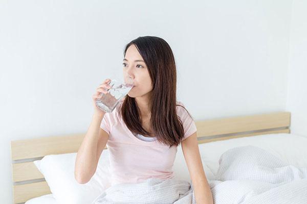 Ba điều không được làm trước khi ngủ để gan khỏe mạnh