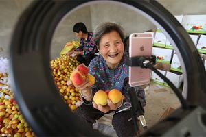 Ngành công nghiệp livestream: Lời gợi mở cho nền kinh tế số Việt Nam