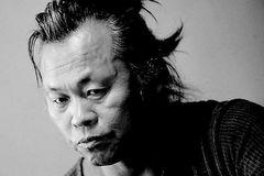 Đạo diễn nổi tiếng Hàn Quốc Kim Ki-duk chết vì Covid-19