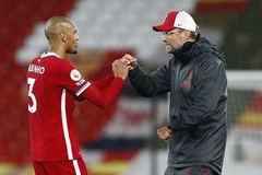 Klopp tuyên bố, Liverpool không ký cấp tốc trung vệ thay Van Dijk