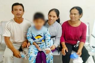 Bé trai 9 tuổi tổn thương đa cơ quan, suy hô hấp vì sốc sốt xuất huyết