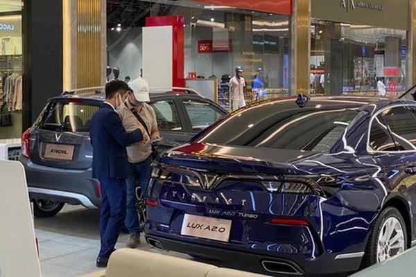 Automotive market enters year-end sales