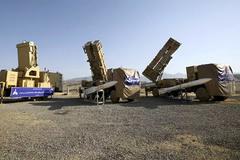 Mỹ điều máy bay ném bom tới Trung Đông, Iran dọa 'nghiền nát'