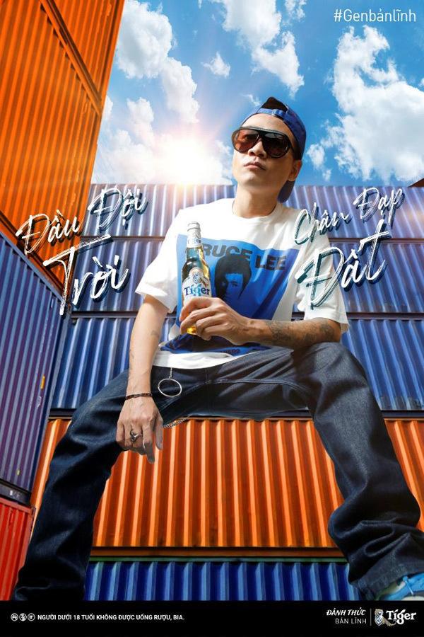 Bắt trend tạo dáng đang 'khuấy đảo' dàn sao Rap Việt