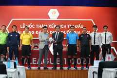 Ra mắt trái bóng 'rắn hổ mang' cho mùa giải V.League 2021