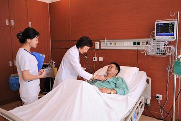 Vinmec hỗ trợ tới 70% chi phí mổ tim không đau