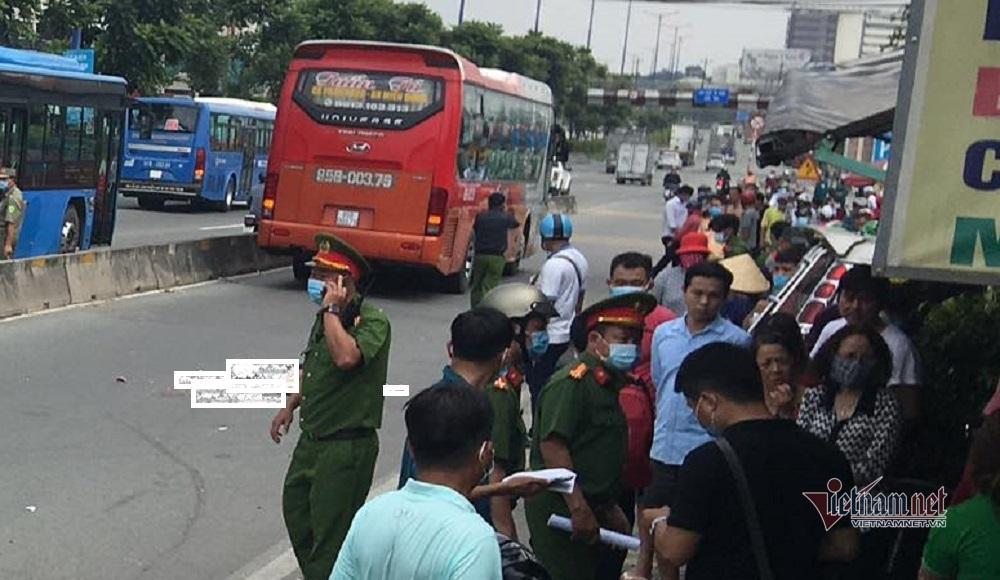Xe khách chạy vào đường cấm cán chết một phụ nữ trên quốc lộ