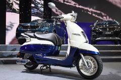 Loạt xe máy hot ra mắt kip cho khách Việt sắm chơi Tết