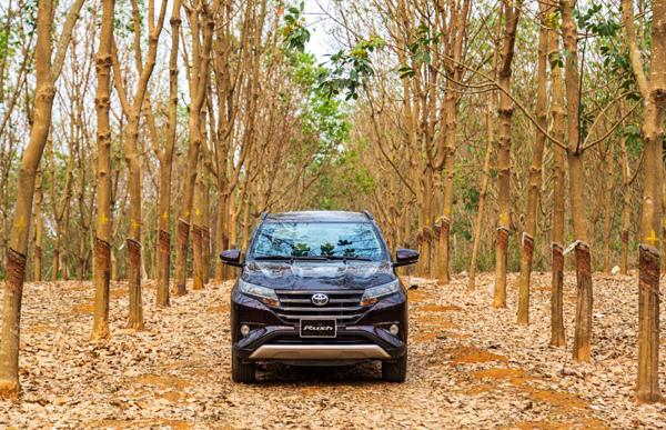 Giá giảm, nhiều công nghệ, Toyota Rush hâm nóng phân khúc SUV cỡ nhỏ