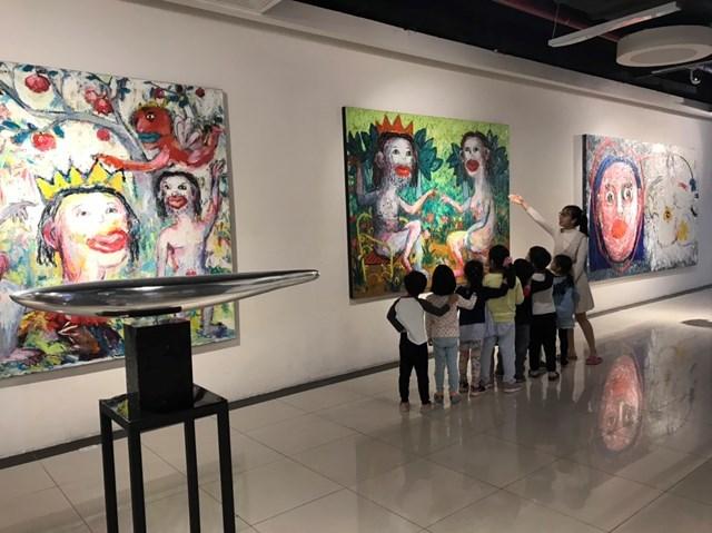 100 tác phẩm trưng bày tại Long Biên Art Fair