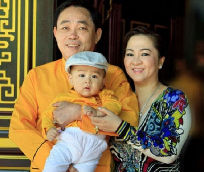Lộ diện các em bé Việt mới 1 vài tuổi đã thừa kế khối tài sản cả hàng nghìn tỷ đồng