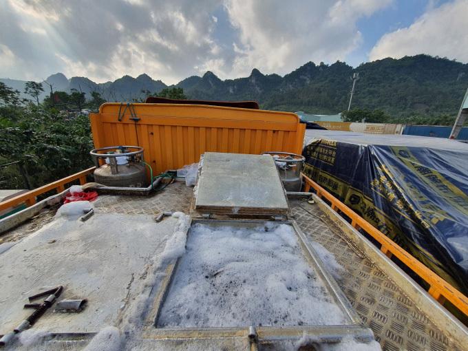 Hàng ngàn tấn cá tầm Trung Quốc 'đổ bộ' bằng những con đường nào, rồi 'lột xác' thành cá tầm Việt?